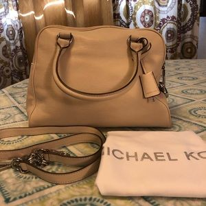 Michael kors satchel handbag.